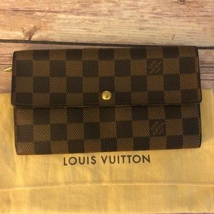 Louis Vuitton Damier Ebene long wallet